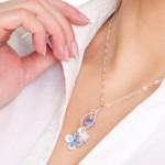 blue daisy pendant