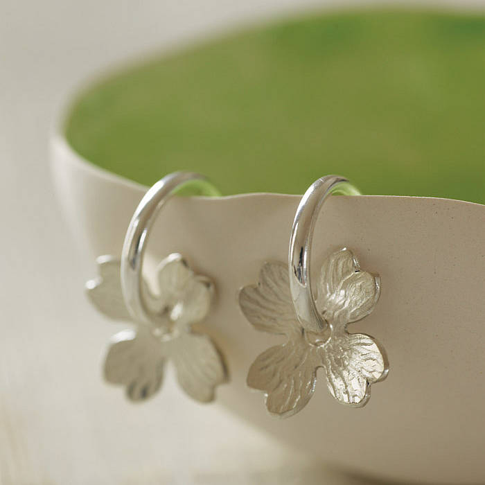 Newlyn Daisies flower hoop earrings