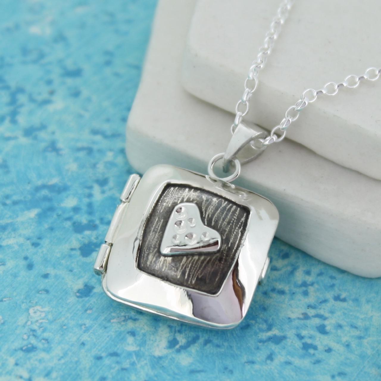 Silver heart photo locket