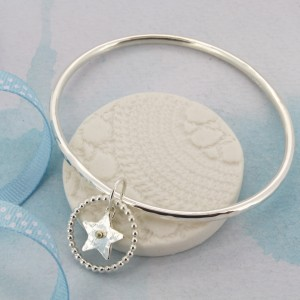 Star dangly bangle 1