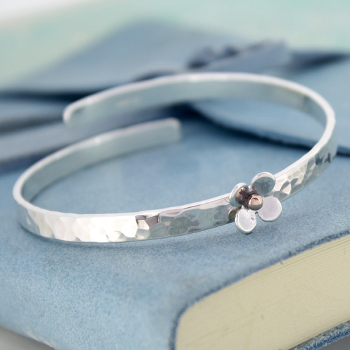 Personalised Daisy Crossover Bangle