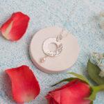 Bride's mum pendant